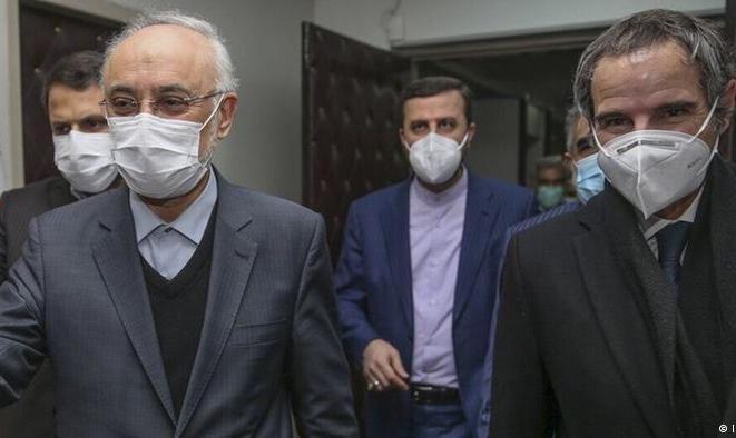 توافق ایران و آژانس؛ تقابل کیهان و دولت با مجلس