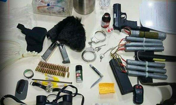 تروریست بازداشتی اهل کجاست؟ اولین تصویر از تجهیزات تروریست خرابکار در عوارضی تهران - قم