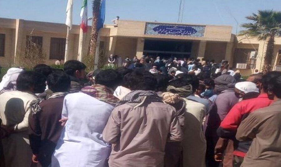 در حادثه سراوان سه نفر کشته شدند که دو نفر از آنها در پاکستان و یک نفر در ایران بود