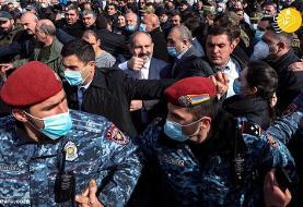(تصاویر) نیکول پاشینیان در تظاهرات ایروان حضور یافت