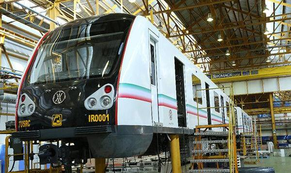 مراسم رونمایی از نخستین نمونه قطار ملی مترو