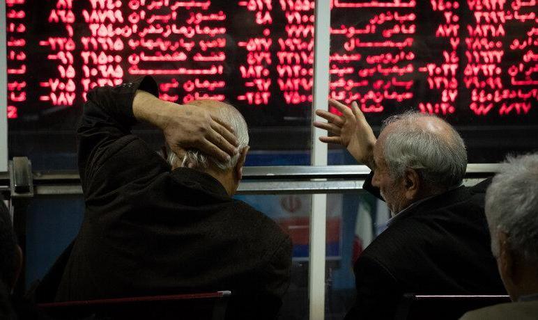 بازار سرمایه همچنان بر مدار منفی: افت ۶ هزار واحدی شاخص بورس