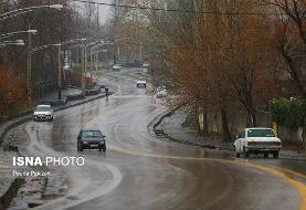بارش برف و باران در محورهای چالوس و هراز/ تردد روان در مسیر رفت و برگشت