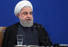 روحانی: در این مقطع، وارد کردن واکسن خارجی کرونا یک وظیفه است