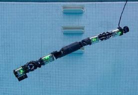 رباتی که زیرآب شنا میکند