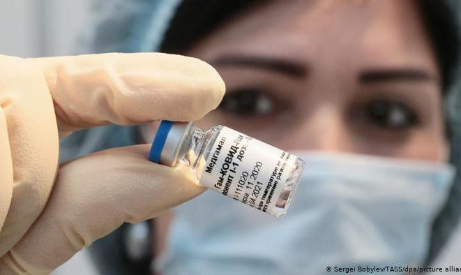 سفیر ایران در مسکو: از خرداد تا آذر ۳۰ میلیون واکسن روسی میخریم