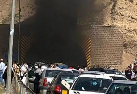 آتشسوزی در تونل آزادراه تهران پردیس/ پژو ۲۰۷ در آتش سوخت