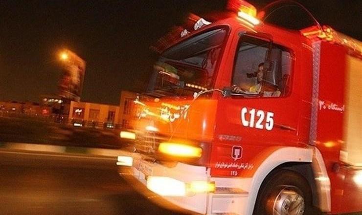 ادامه آتش سوزیهای زنجیره ای یا عمدی: آتشسوزی در انبار مملو از لوازم خانگی  در پامنار تهران
