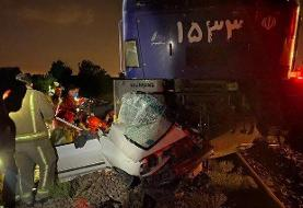 پرس شدن پراید زیر قطار در ورامین/ تصاویر