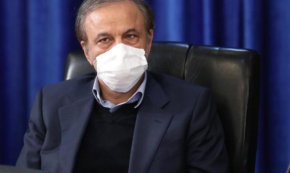 رزم حسینی از مجلس کارت زرد گرفت