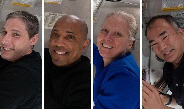 سفینه دراگون با چهار فضانورد در اقیانوس فرود آمد: نخستین فرود شبانه در دریا پس از ۵۳ سال