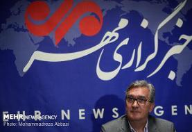 مذاکرهای با فدراسیون فوتبال ایران نداشتم/ تا ۲۰۲۲ در عمان هستم