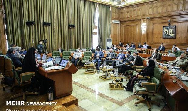 مخالفت شورای شهر با توافق شهرداری و آستان قدس در بحث املاک موقوفه
