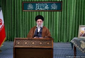 خامنهای: عدم حضور در انتخابات به معنای فاصله گرفتن از جمهوری اسلامی است
