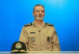 ارتش تا زمانی که نیاز باشد در خدمت مردم خوزستان و سیستان است