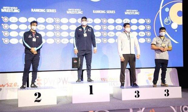 کشتی آزاد جام زیلکوفسکی لهستان: محمدیان طلا گرفت/ مدال نقره و برنز به شعبانی و کریمی رسید