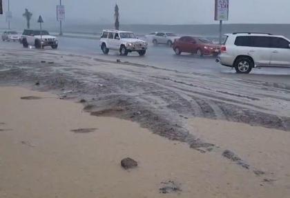 دستکاری مصنوعی طبیعت و ابرها در دبی؛ تولید باران مصنوعی با ۱۵ میلیون دلار سرمایه گذاری