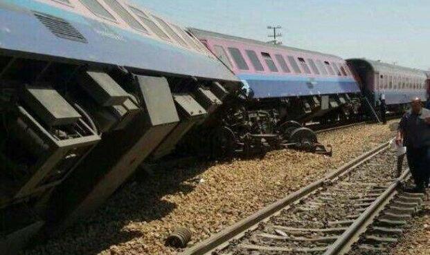 واژگونی ۶ واگن یک قطار باری در محور جنوب