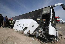 واژگونی اتوبوس در جاده سمنان به سرخه ۱۵ مصدوم برجا گذاشت