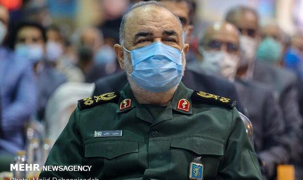 سپاه تا رفع کامل مشکل کنار مردم خوزستان است