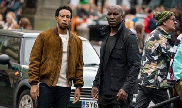 کاهش ۷۰ درصدی فروش سینماهای فرانسه با اعمال مقررات کرونایی جدید