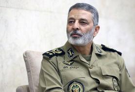 فرمانده کل ارتش درگذشت علامه حسن زاده آملی را تسلیت گفت