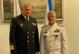 تاکید فرماندهان نیروی دریایی ایران و روسیه بر گسترش همکاریهای دریایی دو کشور