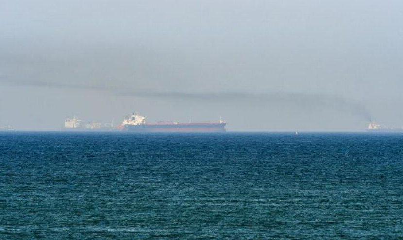 یک کشتی اسرائیلی در دریای عمان هدف قرار گرفت: دو خدمه کشتی کشته شدند