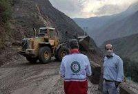 گرفتاری ۲۲ مسافر بر اثر ریزش کوه در جاده هراز