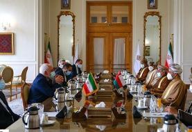 وزیر خارجه عمان در دیدار با ظریف: به همکاری با دولت جدید ایران ادامه میدهیم