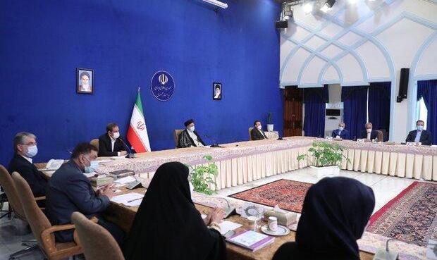 اولین جلسه هیئت دولت به ریاست رئیسی/بررسی آخرین وضعیت کالای اساسی