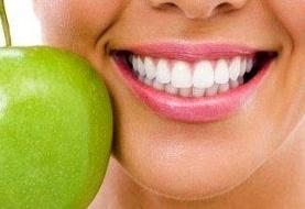 این مواد غذایی دندان هایتان را تمیز می کنند