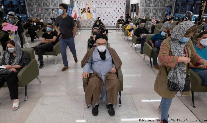 آمار رسمی قربانیان کرونا در ایران هنوز سهرقمی است