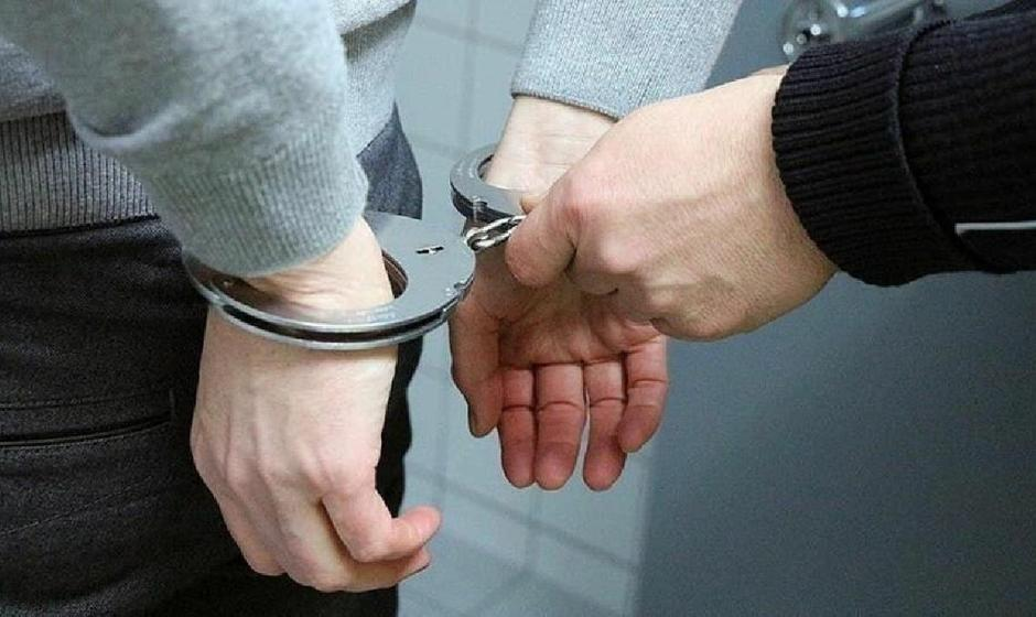 سرقت، یک ساعت بعد از آزادی از زندان