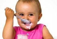 بگذار کودک صورتش را ماستی کند!