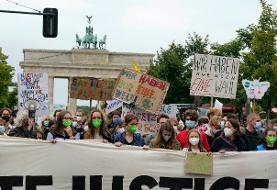 فعالان محیطزیست، با هدف جلب توجه رهبران جهان نسبت به تغییرات اقلیم، به خیابانها آمدند