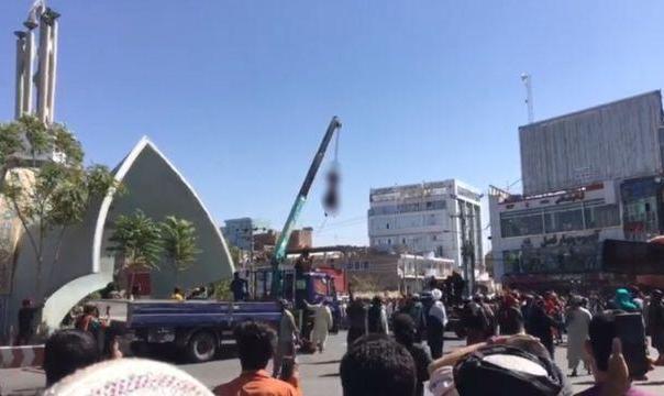 طالبان 'جنازه چهار متهم به آدمربایی' را در شهر هرات آویزان کردند و در ...