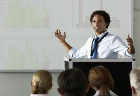 ارائه بصری مؤثر در سخنرانی؛ از ظاهر و حالت بدن تا استفاده از ابزار کمکی